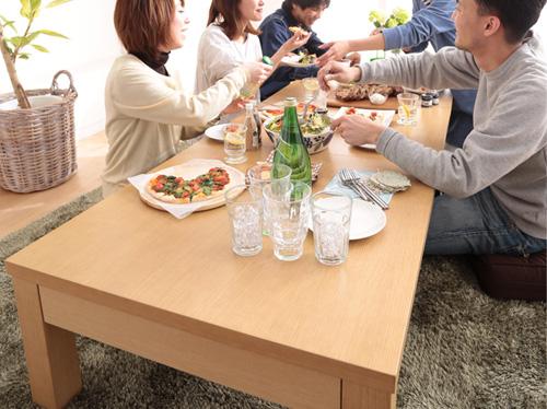 大勢で使えるテーブル