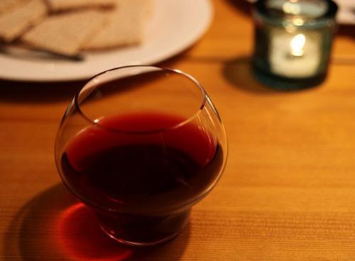 おしゃれなワイングラス