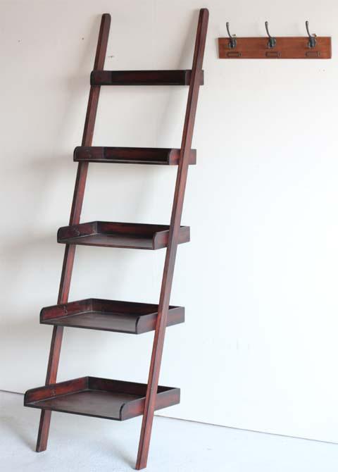 はしご型の棚シェルフ「a-depeche-ladder-shelf」