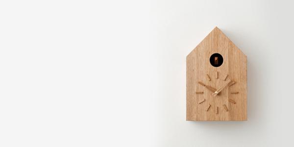 巣箱型のシンプルなデザインです。