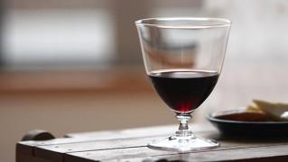 ショートステムのワイングラス「time-and-style-aye」
