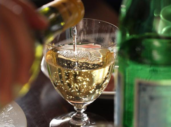 ワインが美味しそうに見えるグラス