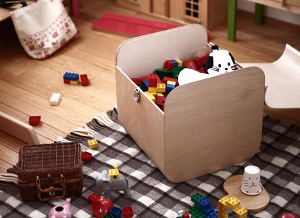 おもちゃ箱として使っている画像