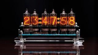 レトロかっこいいメカニカルなニキシー管置き時計「NIXIE TUBE CLOCK(ニキシー チューブクロック)」の画像