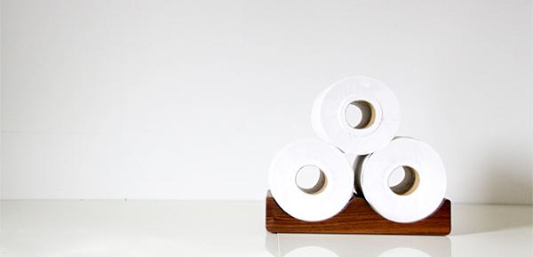 トイレットペーパーを3つ重ね置きした画像