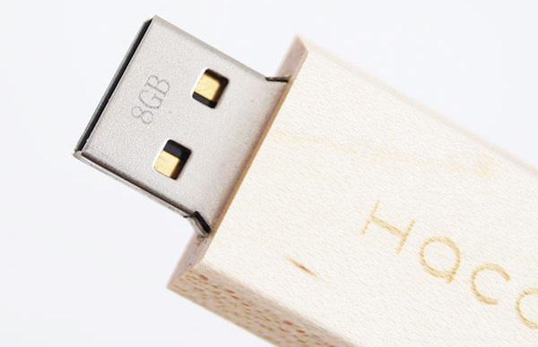 USBの差口の拡大画像