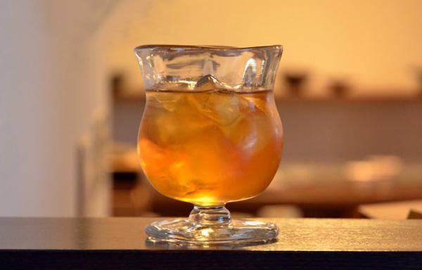 ブサ可愛い手作りおしゃれグラス「マーガレットグラス」の画像