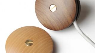 木製コードリール「APROZ WOOD CORD REEL(アプロス ウッドコードリール)」の画像
