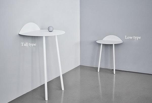 2種類の高さのテーブルを並べた画像