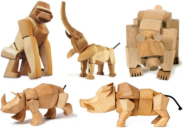 5種類の動物おもちゃを並べた画像