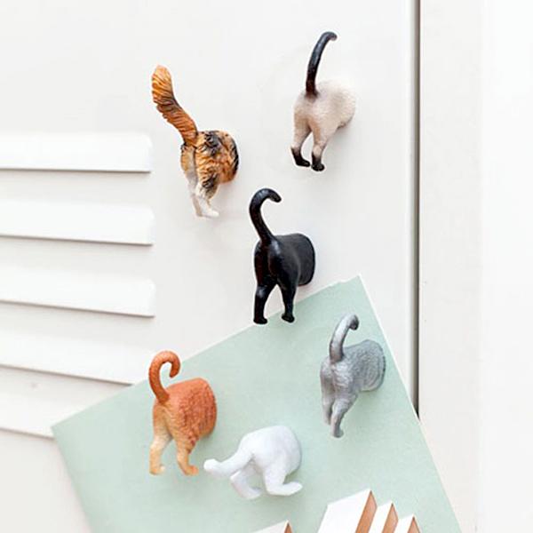 ネコのおしりマグネットを使っている画像