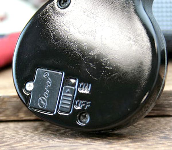 ライター裏側の音のオン・オフ切り替えスイッチの画像