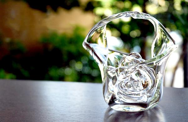 モダンおしゃれなガラス花器「花舞」