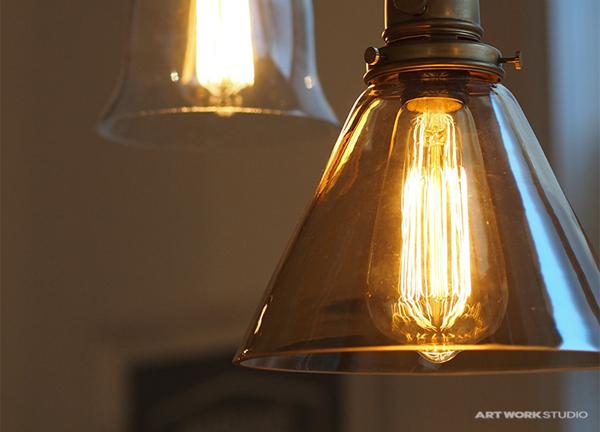 付属する電球の画像