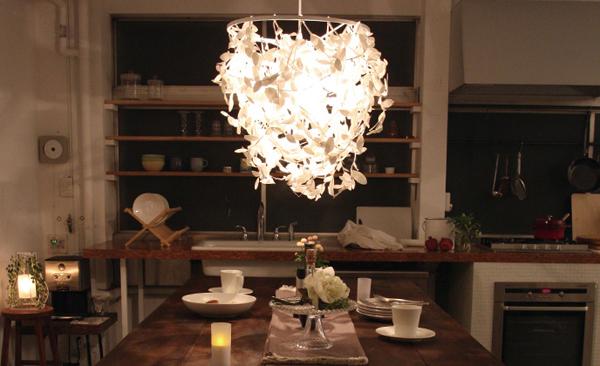 クールモダンなお洒落な天井照明「Paper Foresti pendant lamp」の画像