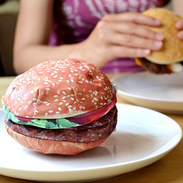 ハンバーガー型小物入れ「YUMMY POCKETS HAMBURGER」の画像