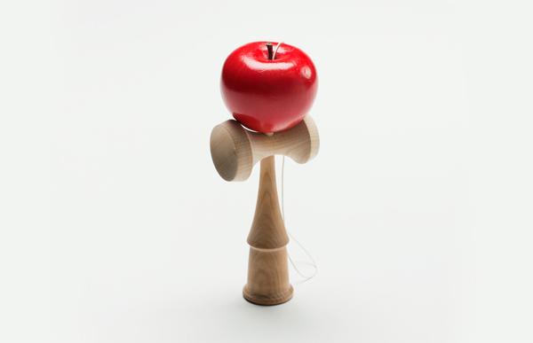 りんごのけん玉の画像