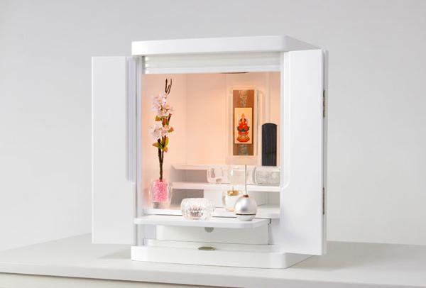 おしゃれモダンな白いミニ仏壇「永遠」の画像