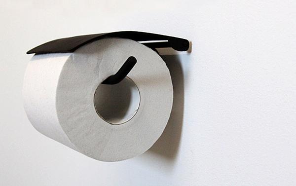 トイレットペーパーホルダーを横から見た画像