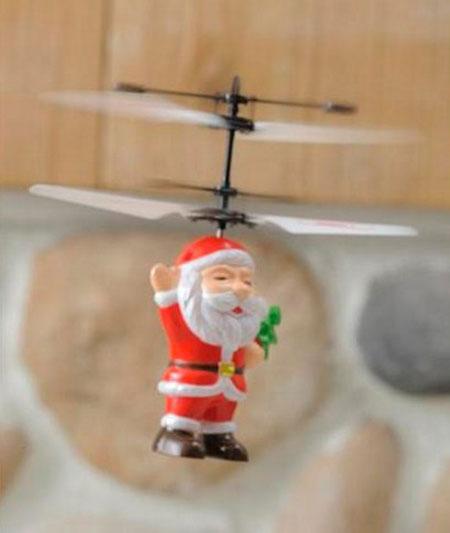 空飛ぶサンタのおもちゃ「フライングサンタ」の画像