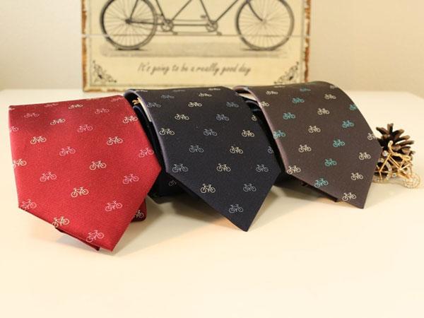 3カラーの西陣製自転車ネクタイを並べた画像