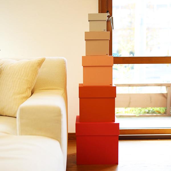 レッド系のBOX BOXを並べた画像