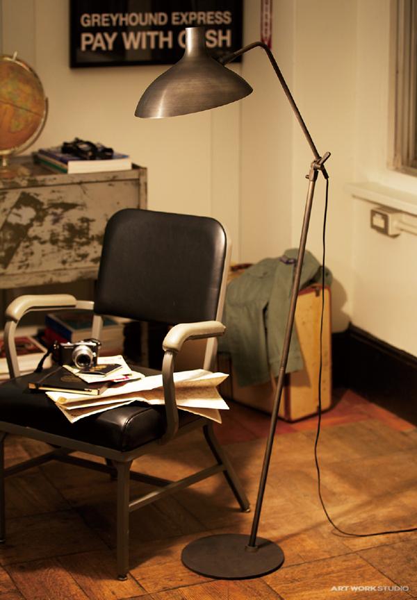 おしゃれフロアランプ「ジグソーフロアランプ」の画像