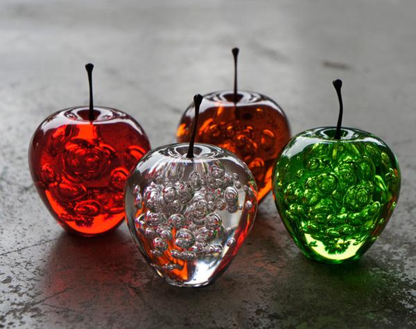 リンゴのお洒落ペーパーウェイト