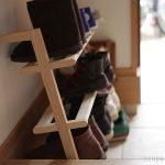 靴がおしゃれに並ぶシューズラック。「SIDE BY SIDE Shoe Rack」